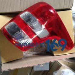 Đèn hậu trái Mitsubishi Triton