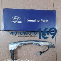 Tay mở cửa ngoài Hyundai Tucson